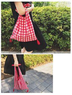 韓国子供服 オルキデスール |【先行予約商品】 ギンガムチェックバッグ | オリジナルリバティ雑貨 |orchidees soeurs Japanese Bag, Fabric Tote Bags, Unique Handbags, Diy Purse, Craft Bags, Crochet Handbags, Cute Bags, Reusable Bags, Handmade Bags