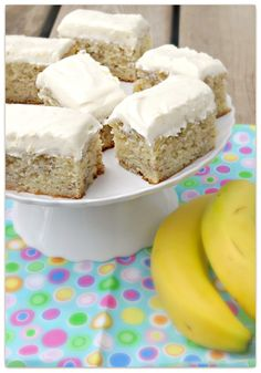 Banana bars with sour cream topped with cream cheese frosting. Just made these last night and they are probably the best I've made. Banana Recipes, Cake Recipes, Dessert Recipes, Dessert Ideas, Bread Recipes, Yummy Recipes, Just Desserts, Delicious Desserts, Yummy Food