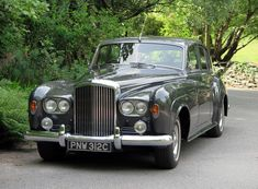 1965 Bentley Four Door Saloon Classic Motors, Classic Cars, Retro Cars, Vintage Cars, Volkswagen, Classic Rolls Royce, Bentley Rolls Royce, Camaro Iroc, Automobile