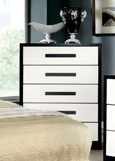Furniture of America Matthaus Black and White 5-Drawer Chest, Brown