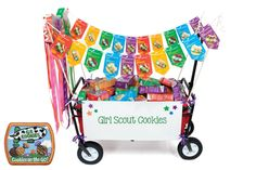 Make way for mini parade floats! Girls can cart cookies around with pride with this fun parade float craft. Scout Mom, Girl Scout Swap, Daisy Girl Scouts, Girl Scout Leader, Girl Scout Troop, Cub Scouts, Selling Girl Scout Cookies, Girl Scout Cookie Sales, Girl Scout Activities