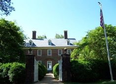 The residence of Harrison family in Virginia was not only the place to celebrate the first Thanksgiving Day in 1619, but also the mansion of William Henry Harrison- the 9th and Benjamin Harrison- the 23rd President of the United States