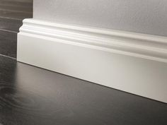 LOGOCLIC Sockelleiste (2.600 x 17 x 70 mm)