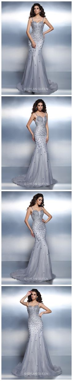 Four blackground photos.Do you like them?I like the evening dress.@DylanQueen