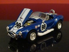 Carroll Shelby 65 Shelby Cobra s/c 427 1/64 Scale Limited Edition