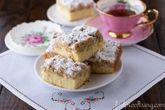 This Starbucks copycat crumb cake is the best thing to have with a cup of coffee or tea in the morning. Recipe