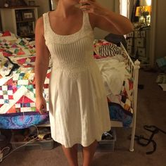 Ralph Lauren white embroidered dress Very Anthropologie like! This dress is very flattering and a true 8 size. Lining within the dress so it is not see through! %100 cotton Ralph Lauren Dresses