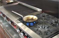 Fry Pan Seasoning Using Flaxseed Oil with Vollrath's Chef Rich #frypanseasoning #restaurants