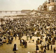 Blackpool guide tips collections photos Blackpool Rock, Blackpool Beach, Blackpool Pleasure Beach, British Beaches, British Seaside, Pictures Of People, Old Pictures, Seaside Holidays, Seaside Resort