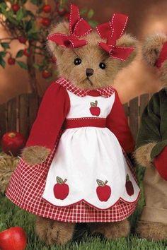 "Bearington Bear Fall Bear ""Caramela Apple"" by Bearington, http://www.amazon.com/dp/B005TY5X3Q/ref=cm_sw_r_pi_dp_Y8nsrb127N8GE"