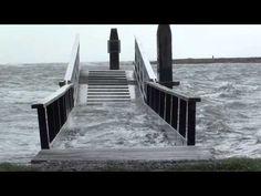 Hoogwater en zuidwester West Terschelling 12 november 2010