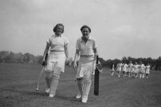 Mary Cresswell and Ora -Womens cricket 1948 Birth Of Nation, 20th Century Women, Test Cricket, Pursuit Of Happiness, Women In History, Outdoor Photography, Oras, Close To My Heart, African Women