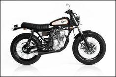 Deus Bali berhasil melakukan modifikasi Yamaha Scorpio menjadi Jap Style. Rupanya, hanya mesin dan rangka saja yang diambil dari Scorpio. Sisanya, merupakan komponen impor.