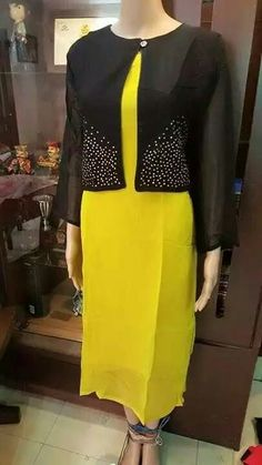 Kurtis has become a very integral outfit it Indian fashion industry. From parties to casual wear for your work every day, Kurtis has become a big fashion statement. The ease of collaborating bright hues with Churidar Designs, Kurti Neck Designs, Blouse Designs, Dress Designs, Pakistani Dresses, Indian Dresses, Elegant Fashion Wear, Big Fashion, Fashion Tips