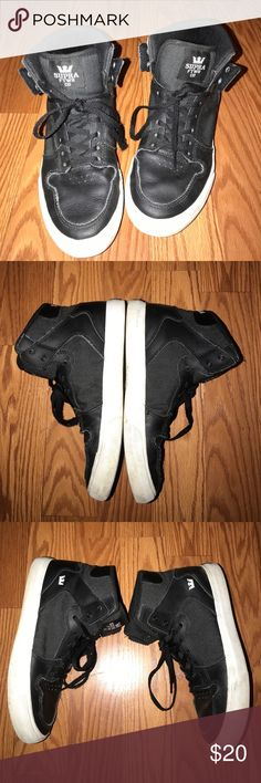 Supra high tops Great used condition! Hardly worn at all. Soles and upper in awesome shape! Supra Shoes Sneakers