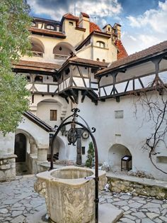 """Inner courtyard at """"Dracula's Castle"""" in Bran, Romania (by Laurentiu Mitu). Not really Dracula's castle but still lovely. Great Places, Places To See, Places Around The World, Around The Worlds, Beautiful World, Beautiful Places, Milan Kundera, Dracula Castle, Visit Romania"""
