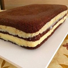 Pão de Ló de Chocolate com Recheio de Brigadeiro Branco »