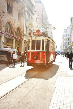 Istanbul, Taxim tramp by nathings