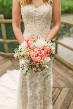 11 Gorgeous Ways to Incorporate Peonies Into Any Wedding Budget: Beautiful Bridal Bouquet