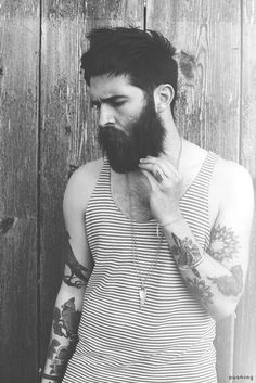 I love tattooed men... with beards :)