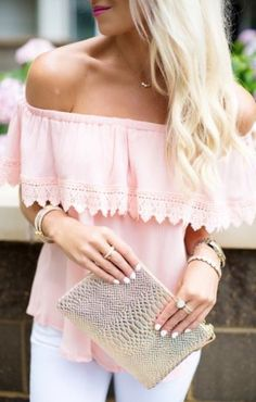 summer outfits Pink Off The Shoulder Top + White Skinny Jeans