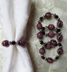 Set of 4 Chic Beaded Napkin Rings by TheLemonLeaf on Etsy