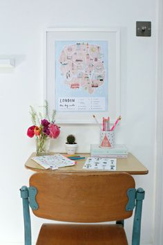 How to create colourful gallery walls with Etsy UK. I show you how to do a Spring refresh of the rooms at home on a limited budget. Modern Interior, Home Interior Design, Modern Decor, Kids Workspace, Flat Ideas, Etsy Uk, Modern House Design, Gallery Walls, Art Gallery