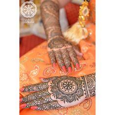 #Gorgeous #henna by #lal_hatheli ❤️ #mehndi #pattern #bridalhenna #bridalmehndi #mehendi #mehandi #heena #hennadesign #hennapattern #tribalhenna #casualhenna #temporarytattoo #hennatattoo #tattoo #tat #partyhenna #indianbride #pakistanibride