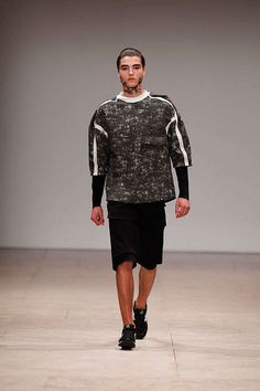 Ricardo Dourado Spring/Summer 2013 - The Ricardo Dourado Spring/Summer 2013 collection makes its debut at Moda Lisboa fashion week. Entitled 'West meets East,' this stunnin...