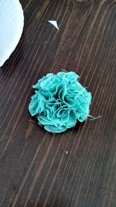 Sitcky Kisses & Dirty Dishes: fabric flower 1