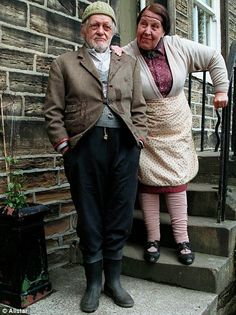 """Last of the Summer Wine ( BBC) """"Compo"""" and """"Nora"""" ( Bill Owen and Kathy Staff ) British Tv Comedies, British Comedy, Last Of Summer Wine, Bbc Tv Shows, British Humor, Winter's Tale, Comedy Tv, Television Program, Great Tv Shows"""