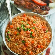 Jollof rice made completely in the in the oven, 5 min prep – no blending or stirring involve. Simply put, the easiest rice you would ever make. Jollof rice is a legendary one-pot dish that's ubiquitous … African Rice Recipe, Rice Recipes, Cooking Recipes, Cooking Rice, Supper Recipes, Cooking Turkey, Recipies, Riz Jollof, Jollof Reis