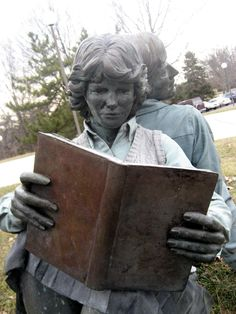 1000 images about readers of books sculpture on for John seward johnson i