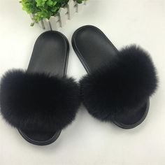Women/'s Fluffy Furry Faux Fur//Chain//Rose Embellish Sandals  Pool Slide Slidders