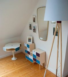 Great IKEA hack side table with four KNUFF boxes and an ERSÄTTA candlestick | Guest bedroom | DIY | More of Antje's German home in live from IKEA FAMILY