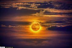 Copyright © Kim Yoeung Seng Full Moon Rise Close Up from Lake Worth Lagoon Florida Over Singer Island