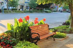 Perfect spot to sit and watch the world go by in Niagara on the Lake