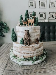 New Baby Shower Bbq Cake Birthdays Ideas Torta Baby Shower, Baby Shower Cakes For Boys, Baby Shower Cupcakes, Baby Shower Themes, Shower Baby, Woodlands Baby Shower Theme, Shower Ideas, Baby Boy 1st Birthday Party, Bear Birthday