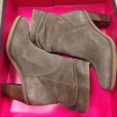 Vince camuto taupe suede ankle boots Vince camuto taupe suede ankle boots. Super cute, gently used but in good condition! Comes with box! Vince Camuto Shoes Ankle Boots & Booties