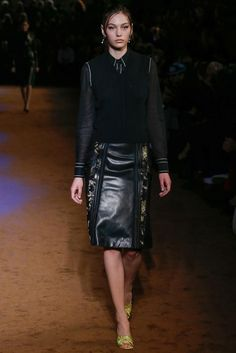 Prada Spring 2015 Ready-to-Wear - Collection - Gallery - Look 32 - Style.com