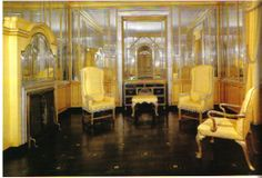 Kersey Coates Reed's house was certainly not lacking in glamour. The women's yellow dressing room featured yet another metal inlaid floor. Designed by David Adler Dressing Room Mirror, Dressing Room Design, Dressing Rooms, Lake Forest Illinois, Glam Closet, Magical Room, Yellow Interior, Room Interior, Vintage Room