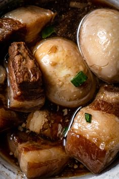 Vietnamese Braised Pork Belly with Eggs (Thit Kho) - Cooking Therapy Pork Belly Recipes, Pork Tenderloin Recipes, Beef Recipes, Vegetarian Recipes, Thit Kho Recipe, Braised Pork Ribs, Steak Dinner Sides, Bread Dishes, Vietnamese Cuisine