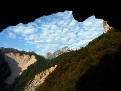 (Parco Nazionale delle Dolomiti Bellunesi) Dalla strada che sala alla Foresta di Caiada Longarone (BL)