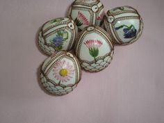 drátovaná vajíčka Egg Decorating, Easter Eggs, Turtle, Floral, Flowers, Wire, Turtles, Tortoise, Royal Icing Flowers