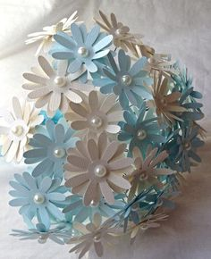 Paper daisies. paper flowers. wedding centerpiece. wedding bouquet. Bridesmaid bouquet. Flower girl bouquet. Wedding flowers.