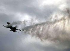 """Egitto bombarda obiettivi Isis""""Serve reazione internazionale"""" - Yahoo Notizie Italia"""