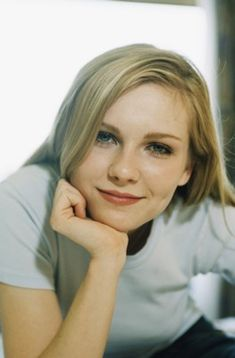 Kirsten Dunst poster, mousepad, t-shirt, Woody Allen, Kirsten Dunst Young, Blond, Interview With The Vampire, Anthology Film, Belleza Natural, Beautiful Actresses, American Actress, Beauty Women