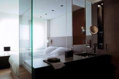 Vivienda Ciudad de las Artes by Hernández Arquitectos Open Bathroom, Bathroom Interior, Washroom, Bad Inspiration, Bathroom Inspiration, Tiny Loft, Interior Architecture, Interior Design, Living Room Lounge