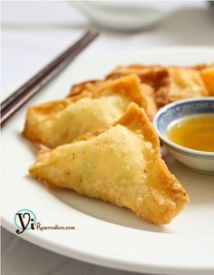 Crab Rangoon or Cheese wonton is one of the Chinese takeout favorites. These crispy and creamy appetizers are easy to make to a guarantee crowd pleaser!