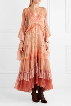 Multicolored silk-mousseline, baby-pink and antique-rose tulle Slips on 100% silk; trim1: 77% silk, 23% polyamide; trim2: 100% polyester Dry clean Designer color: Apricot Made in France